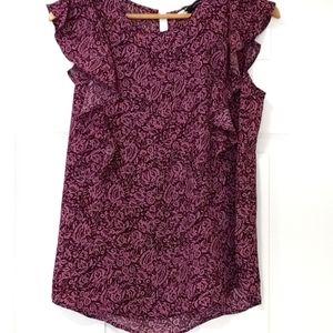 😊 2 / $20 Harve Bemard blouse